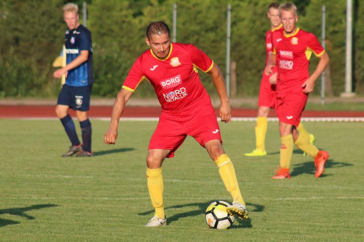6f78951d625 Võidumängudes Flora U19 ja Paide LM U21-ga tegi ta kübaratriki ning korra  sahistas ka Tartu Tammeka U21 ja Pärnu JK väravavõrku.